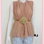 **สินค้าหมด blouse1813 เสื้อแฟชั่นไซส์ใหญ่ ผ้าชีฟอง คอจีน กระดุมหน้า แถมเข็มขัดหนังหัวดอกไม้ สีน้ำตาลพาสเทล รอบอก 46 นิ้ว ความยาว 25 นิ้ว