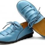 รองเท้าหุ้มส้น รองเท้าหนังแท้ แบบวัยรุ่นเท่ ๆ สีฟ้า รองเท้าผู้หญิง แบบสาวเท่ รองเท้าหนัง ดีไซน์ เชือกถัก แบบเก๋ ๆ มีสไตล์ ไม่ซ้ำ 335533_1