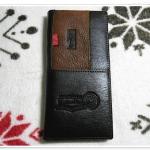 กระเป๋าสตางค์ Levis หนังแท้ สีน้ำตาลเข้ม ใบยาว แถบบนซ้าย Le5603