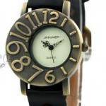 นาฬิกาข้อมือผู้หญิง นาฬิกาข้อมือ สายหนัง สไตล์วินเทจ สวยเก๋ ใส่ได้ตลอด เข้ากับ ทุกชุด ออกแบบ หน้าปัด เป็นตัวเลข ใหญ่ผสมเล็ก แบบสวย 248625