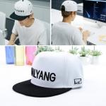 พร้อมส่ง หมวกแบบ Beakhyun แบรนด์ HYLYANG