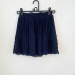 **สินค้าหมด skirt253 กระโปรงแฟชั่นงานแพลตตินั่ม ผ้าชีฟองอัดพลีทชายกระโปรงแต่งลายสวย สีกรมท่า เอวยืด 26-34 นิ้ว