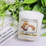 Yankee Candle / Samplers Votives 1.75 oz. (Soft Blanket)