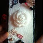 เคสไอโฟน 5 ประดับมุก รุ่น CC Pearl คามิเลีย ลายใหม่น่ารักมาก กรอบไอโฟนที่สะท้อนความหวานในตัวคุณ
