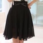 Skirt306 กระโปรงซิปหลังผ้าชีฟองเนื้อนุ่มมีน้ำหนักทิ้งตัวสีพื้นดำ มีซับใน พร้อมเข็มขัดโบว์สีดำเข้าชุด งานสวยแมทช์กับเสื้อได้หลายแบบ