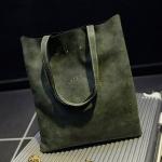 กระเป๋าสะพายข้าง กระเป๋าถือ ผู้หญิง ทรงแบน สี่เหลี่ยม กระเป๋าหนัง สีพื้น สีเขียว ขี้ม้า สีหายาก ใส่เครื่องสำอางค์ ขนาดกำลังดี 775786_3