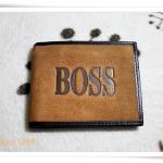 กระเป๋าสตางค์หนังสีน้ำตาล Boss ใบสั้น A2004