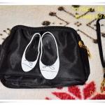 กระเป๋าใส่เครื่องสำอางค์ Longchamp สีดำ