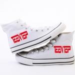รองเท้า Teentop สีขาว