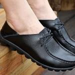 รองเท้าหุ้มส้น ผู้หญิง รองเท้าหนังแท้ แข็งแรงทนทาน รองเท้าคัทชู หุ้มส้น พื้นแบน ใส่สบาย ดีไซน์เก๋ เท่ ๆ สไตล์ ทอม มีเชือกผูกด้านหน้า สีดำ no 450830