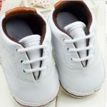 รองเท้าผ้าใบ เด็กเล็ก เด็กผู้ชาย เด็กผู้หญิง สีขาวล้วน สวมใส่ สบาย รองเท้าใส่เที่ยว สำหรับเด็กเล็ก น่ารัก ดูดี ลูกคุณหนู มาก ๆ ค่ะ 14301