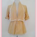 **สินค้าหมด Sale!! blouse1685 เสื้อคลุมแฟชั่นตัวยาว ผ้าหางกระรอก เอวรูด แขนสี่ส่วนอินธนู สีเหลืองพาสเทล