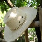 หมวกคาวบอยสานลานงานละเอียดสวย ปีก 5 นิ้ว ขั้นต่ำ50ใบคละเเบบได้ครับ