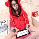 สีแดง เสื้อกันหนาวฮู้ดดี้ แฟชั่นเกาหลี หูหมี น่ารัก