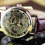 นาฬิกาข้อมือ แบบโชว์กลไก ด้านใน Automatic watch สายหนังแท้ สีน้ำตาล กรอบหน้าปัด มี 2 สี สีทอง และ สีเงิน ของขวัญสุดหรู ให้แฟน เก๋มากค่ะ no 8444810