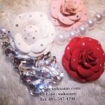 Handmade Chanel Case iPhone 5s/4s bling bling with chanel camellia เคสสวยหรูเว่อร์อลังการที่่คุณสามารถสั่งทำกรอบโทรศัพท์สมาร์ทโฟนไม่ซ้ำใคร ID: A215