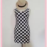 **สินค้าหมด dress2092 เดรสแฟชั่นงานแพลตตินั่มผ้ายืดเนื้อดี แขนกุด ลายตารางหมากรุกโทนสีขาวดำ รอบอก 36 นิ้ว