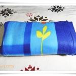 ผ้าห่มเนื้อนุ่ม ผ้าห่มสำลี สีน้ำเงินลายดอกไม้