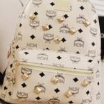 กระเป๋าเป้ กระเป๋าสะพายหลัง ผู้หญิง แนวน่ารัก หนัง Pu กันน้ำ ดีไซน์ ปักหมุดสีทอง รอบใบ สวยใส สไตล์เกาหลี no 37235