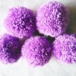ปอมปอมไหมพรมสีม่วง ขนาด 2 นิ้ว pompoms crochet