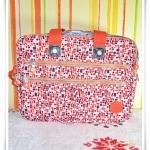 กระเป๋าถือ กระเป๋า สะพาย Laptop โทนสีส้ม Kipling