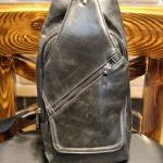 กระเป๋าคาดอก กระเป๋าคาดด้านหน้า สะพายข้าง หนังเงา เห็นลายหนัง สีดำ แบบดิบ ๆ เท่ ๆ ใส่ ipad iphone กระเป๋าสตางค์ ได้ แบบสวย มีดีไซน์ 640996_1