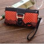กระเป๋าสตางค์ผู้หญิง แบบกระเป๋าถือ ด้านนอก มีช่องซิป 2 ช่อง ลาย หนังงู แบบสวย ดีไซน์เก๋ สาวเปรี้ยว กระเป๋าสตางค์ แบบมีสายสะพาย 850990