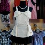 Sale!! blouse1607 เสื้อแฟชั่นเข้ารูป ผ้าหางกระรอกสีพื้น สายสปาเก็ตตี้ โบว์อก ชายระบาย สีครีม รอบอก 36 นิ้ว