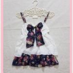 **สินค้าหมด blouse2134 เสื้อแฟชั่นสายเดี่ยวผ้านิ่มสีขาว แต่งโบว์อกและชายระบายลายดอกไม้โทนสีน้ำเงิน