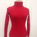 สีแดงสด สีจริงในภาพที่ 2 : เสื้อสเวตเตอร์ ไหมพรมคอเต่า ยืดได้เยอะมาก พร้อมส่ง