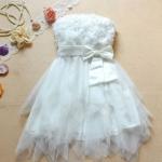 ชุดแต่งงาน เดรสออกงาน ราคาประหยัด มินิเดรสเกาะอก ทำลายดอกกุหลาบ ตรงหน้าอก สีขาว no 101964_1
