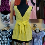 Sale!! blouse1597 เสื้อแฟชั่นตัวยาว ผ้านิ่มลายจุดวิ้ง คอวี โบว์เอว สีเหลือง