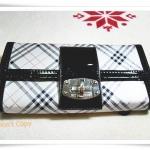 กระเป๋าสตางค์ Burberry สีดำ ใบยาว 2 พับ B105
