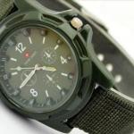 นาฬิกาข้อมือ ผู้หญิง ผู้ชาย แนว Sport สายผ้า Canvas สีเขียวทหาร สุดเท่ no 93040