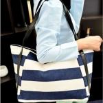 กระเป๋าสะพายข้างผู้หญิง กระเป๋าถือ ผู้หญิง โทนสี ขาวสลับน้ำเงิน ใส่ของได้เยอะ ผ้าแคนวาส กระเป๋าถือใส่หนังสือ ใส่เสื้อผ้า ใส่ ipad ได้ 617371_1