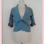 **สินค้าหมด blouse1680 เสื้อคลุมแฟชั่นคอปกสูท ผ้าเนื้อดี กระดุมหน้า แขนสี่ส่วนต่อชายลายเสือ สีเขียวมิ้นท์