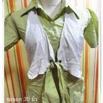 #1102 Used เสื้อเชิ้ต ผู้หญิง สีเขียว คอปก