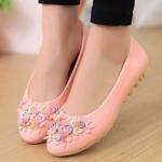 รองเท้าหุ้มส้นผู้หญิง รองเท้าผู้หญิง ส้นแบน หนัง pu ตกแต่งดอกไม้ เพิ่มสีสัน ที่หน้าเท้า รองเท้าหุ้มส้นใส่สบาย สีชมพู 52486_2