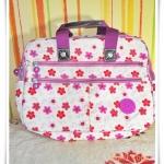 กระเป๋าถือ กระเป๋าสะพายข้าง ใส่ Notebook kipling ลายดอกไม้ม่วงชมพู
