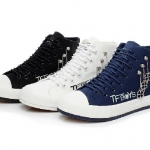 Preorder รองเท้า tfboys