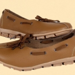 รองเท้าหุ้มส้น ผู้หญิง รองเท้าหนังแท้ รองเท้าคัทชู สีพื้น ดีไซน์ เป็นเชือก ร้อยรอบรองเท้า สไตล์เกาหลี หวาน ๆ น่ารัก สีน้ำตาล no 320438_1