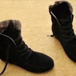 รองเท้าบูทผู้หญิง หนังแท้ รองเท้ามาตินบูท ส้นแบน สีพื้น สไตล์ สาวคาวบอย เท่ ๆ สีดำ เข้ากับเสื้อผ้าทุกสี รองเท้าผ้าใบแบบหุ้มข้อสูง 399771_5