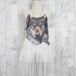 **สินค้าหมด dress2936 ชุดเดรสสายเดี่ยว ผ้าชีฟองเนื้อทรายแต่งลายหน้าเสือ ตัดต่อกระโปรงผ้ามุ้ง สีขาว