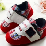 รองเท้าผ้าใบ เด็กเล็ก เด็กผู้ชาย เด็กผู้หญิง รองเท้าเด็ก ลายสก๊อต สีแดง สด รองเท้าหุ้มส้น หนานุ่ม ใส่สบาย แบบ แถบเปิดปิด ใส่ง่าย น่ารักมากค่ะ 14301_7