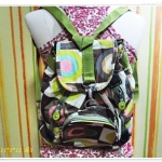 กระเป๋าสะพายหลัง กระเป๋าสะพาย ใส่ของ ขนาดกลาง กระเป๋าวัยรุ่นผู้หญิง ใส่ของเรียน ใส่ของเที่ยว โทนสีเขียว สินค้าลดราคาพิเศษ kp301