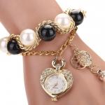 นาฬิกาข้อมือผู้หญิง นาฬิกาสร้อยข้อมือ ไข่มุก แบบหวาน ๆ ดูดี สวยไฮโซ เพชร cz ล้อมกรอบ นาฬิกา รูปหัวใจ ซื้อเป็น ของขวัญให้แฟน น่ารัก 144624