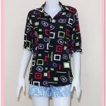 **สินค้าหมด blouse2072 เสื้อเชิ้ตแฟชั่น คอปก แขนยาว กระดุมหน้า ผ้าชีฟองลายเหลี่ยมวงกลมพื้นสีดำ