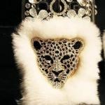 เคส iphone 4 4s ขนมิ้ง เคสขนเฟอร์ ประดับ คริสตัลรูป เสือดาว Leopard ขนเฟอร์สีขาว no 84274_1