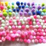 ปอมปอมร้อยสำหรับห้อยประตูหรือประดับตกแต่ง pompoms crochet