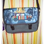 กระเป๋าสะพาย กระเป๋าใส่เอกสาร พอลสมิท ท่องเมืองไทย